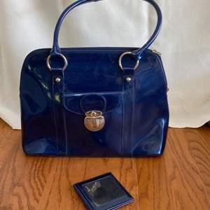 Lot # 345 Pretty Beijo Handbag