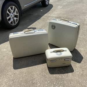 Lot # 373 Vintage American Tourister Luggage