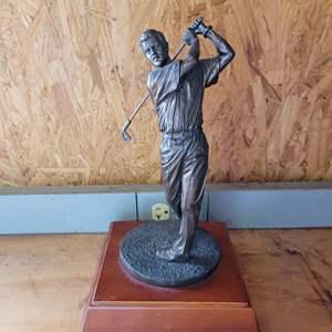 Lot # 17 Bronze Golf Statue - Signed 2001