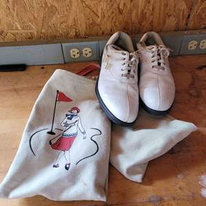 Lot # 25 Ladies Footjoy Golf Shoes - Size 10M w/ Carrying Bag