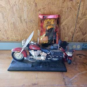 Lot # 46 Spotlight Barbie and Motorcycle Phone