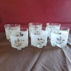 Lot # 118 Set of 6 Vintage Devalbour Italy Frosted Cocktail Glasses - Marked