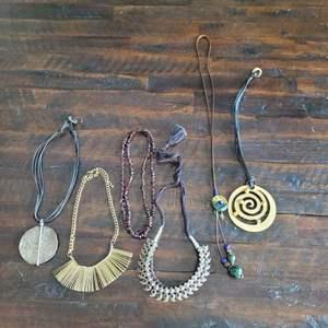 Lot # 159 Beautiful Assortment of Ladies Choker Necklaces
