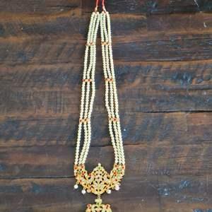 Lot # 166 Beautiful Fashion Necklace