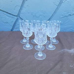 Lot # 192 Set of 8 Pretty Crystal Wine Glasses