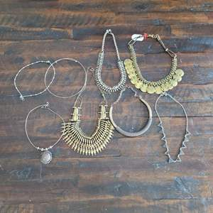 Lot # 198 Nice Assortment of Ladies Choker Necklaces