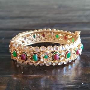 Lot # 210 Gorgeous Gemstone Bracelet