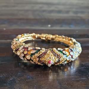Lot # 211 Beautiful Gemstone Bracelet