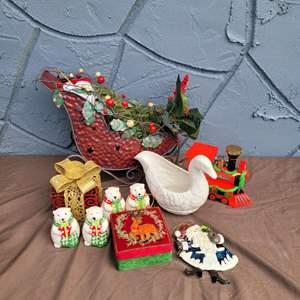 Lot # 233 Christmas Decorations