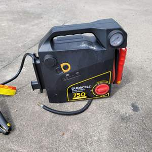 Lot # 256 Duracell Jump Charger and Compressor