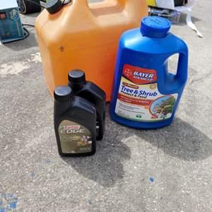 Lot # 258 Euro Car Oil, Gas Can & Tree & Shrub Feed