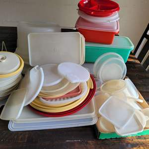 Lot # 293 Large Assortment of Storage Container Lids & Storage Containers