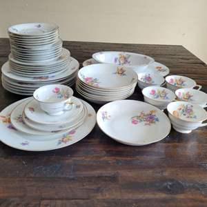 Lot # 295 Vintage Heinrich H&C Selb Bavaria Dinnerware