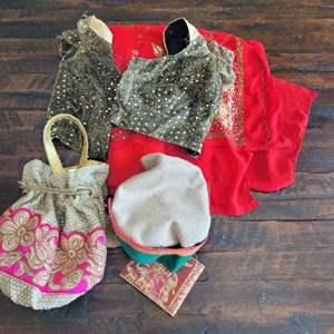 Lot # 304 Pretty Assortment of Ladies Fashion Accessories