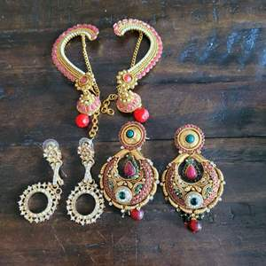 Lot # 318 (3) Pairs of Gorgeous Earrings