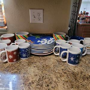 Lot # 356 Assortment of Mugs and Plates (8)