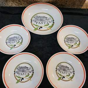 Lot # 359 Wonderful Pasta Serveware - Serving Bowl w/ 4 Individual Pasta Bowls