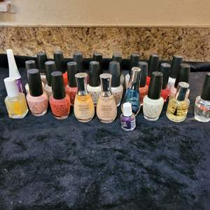 Lot # 377 Assorted Nail Polishes