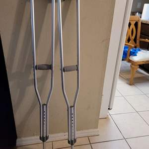Lot # 387 Crutches