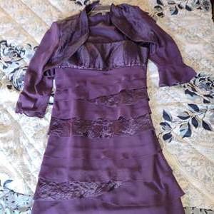 Lot # 401 Ladies S.L. Fashions Sleeveless Party Dress w/ Bolero Jacket and Black Shawl Collar - Size 12P