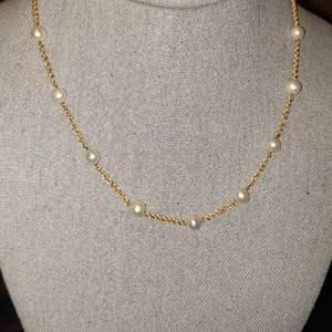 Lot # 465 Elegant 14k Gold Necklace w/ Pearls - TW is 7.69g