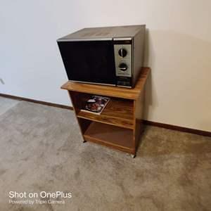 52 microwave and stand works Panasonic
