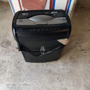 72 Case-Mate paper shredder works