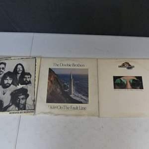 Lot #9 The Doobie Brothers Vinyl LPs (See Description)
