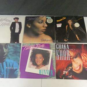 Lot #16 The Ladies of R & B Soul Vinyl LPs (See Description)