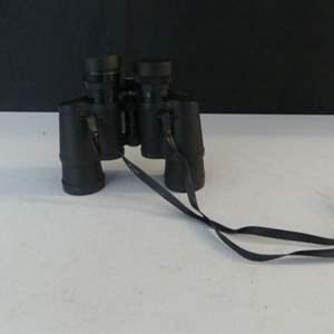 Lot #101 Vintage Bushnell 7x35 Insta Focus Binoculars