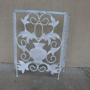 """Lot #107 Vintage White Wrought Iron Glass Top Console Table/Patio Bar - 32"""" Tall"""