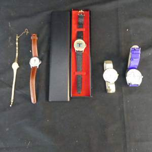 Lot #135 5 Watches (See Description)