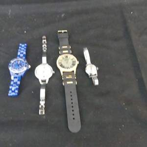 Lot #137 4 Watches (See Description)
