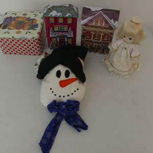 Lot #153 3 Holiday Tins with Snowman Wall Decor and Precious Moments Angel Tree Topper #761883