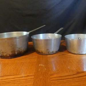 Lot #161 Vintage Set of 3 WearEver Cast Aluminum Pots