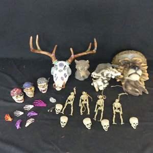 Lot #173 Animal and Skull Decor