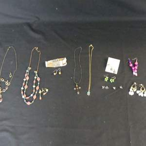 Lot #191 Costume Jewelry: Necklaces, Earrings & Bracelet - Some Sets