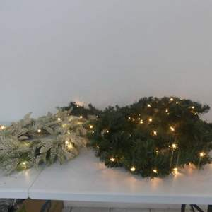 Lot #213 Lighted White Holiday Wreath and Lighted Green Garland