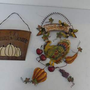 Lot #222 Fall/Thanksgiving Decor 2 Pieces of Metalwork