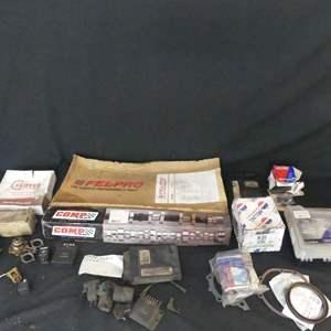 Lot #237 Parts for Chevy 350 5.7L (See Description)