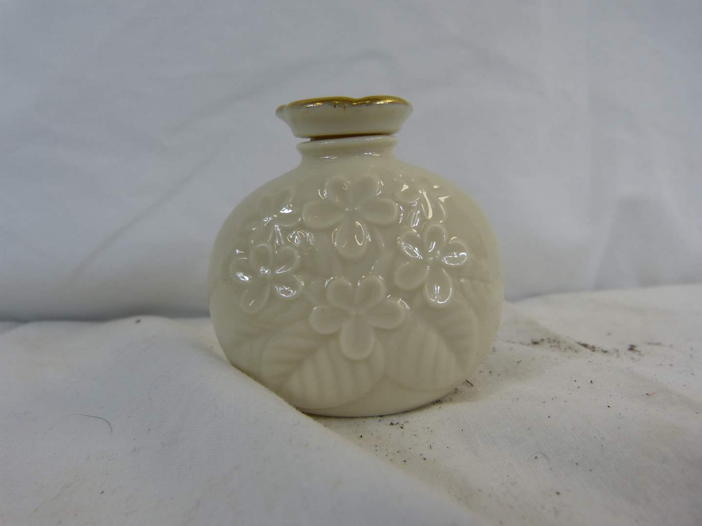 """Lot # 21 Great Lenox Perfume bottle 3"""" tall (great condition) (main image)"""
