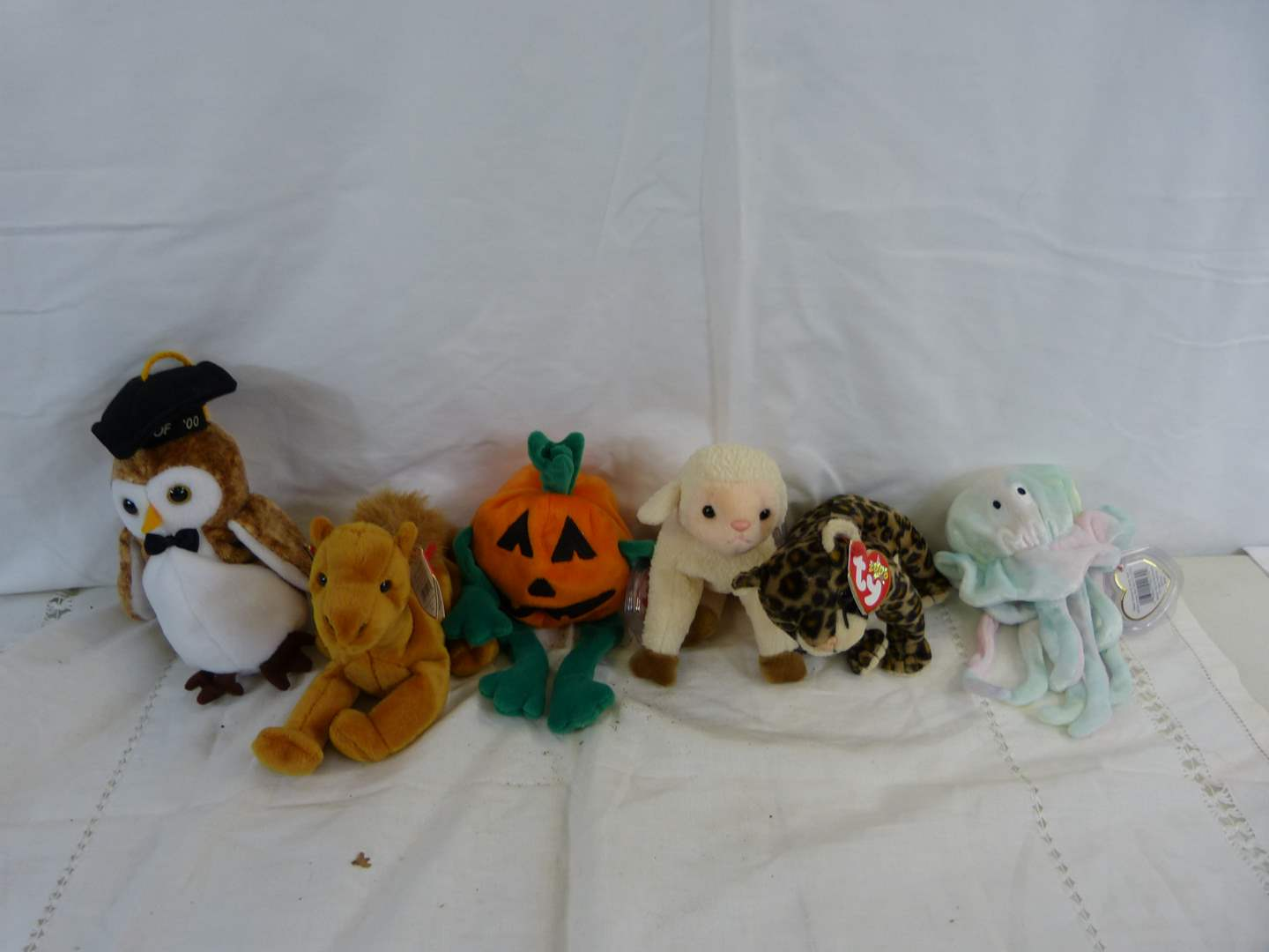 Lot # 33 Group of new with tags Beanie Babies (main image)