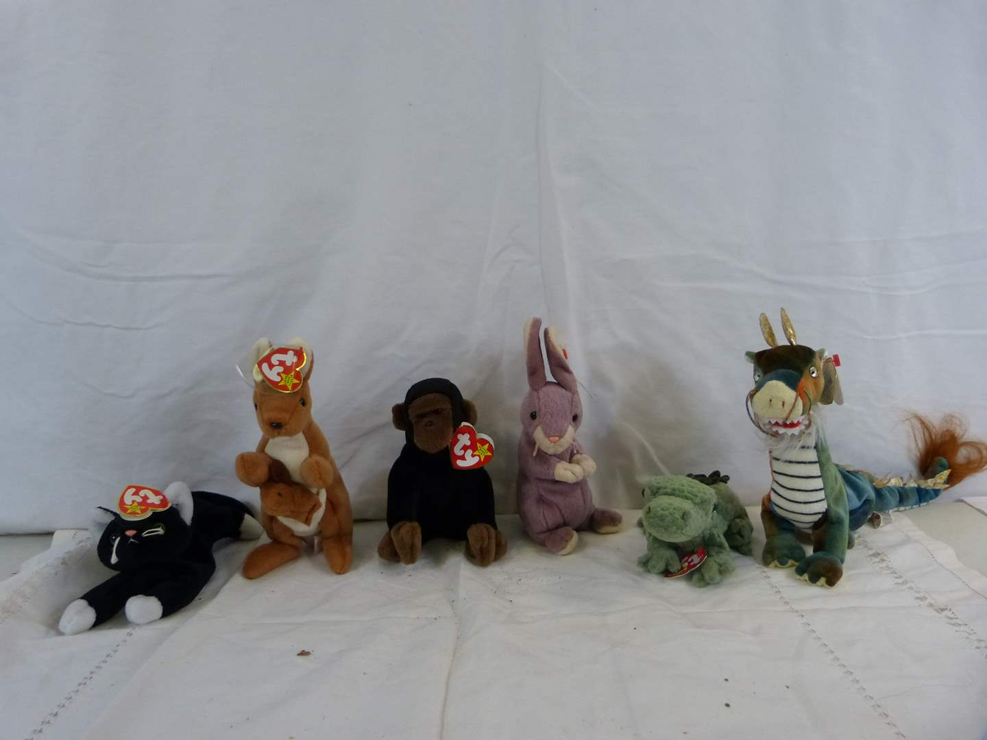 Lot # 34 Group of new with tags Beanie Babies (main image)
