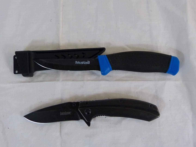 Lot # 84 2 knives Keishaw & Mustad  (main image)