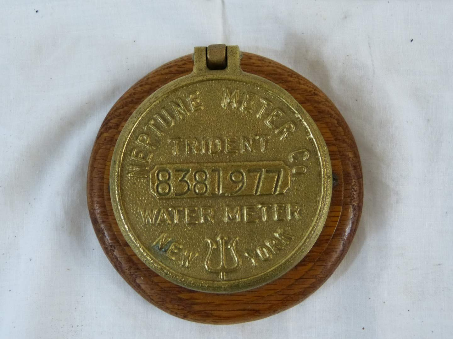 """Lot # 159 Novelty Neptune Water Meter 4"""" cover with a compass (main image)"""