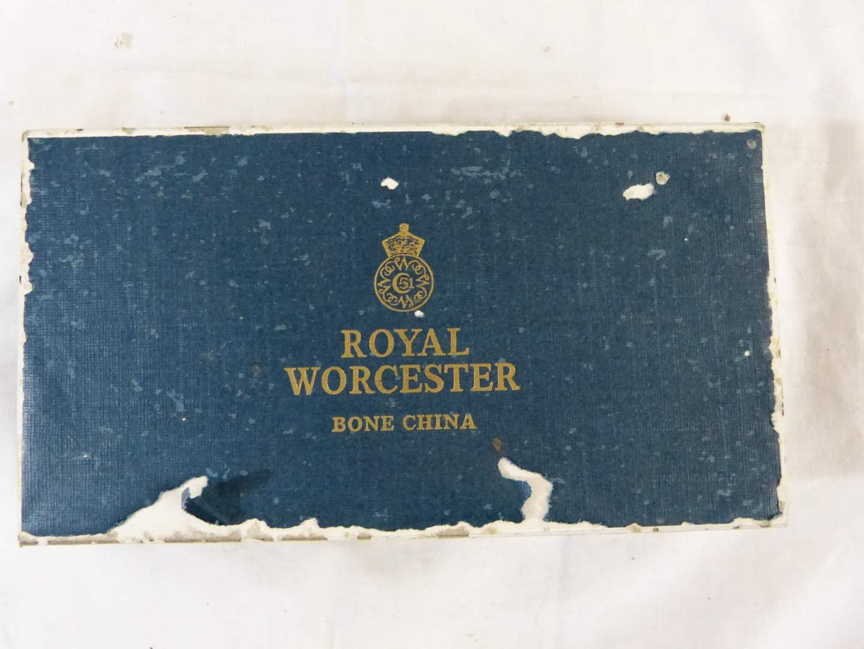 Lot # 226 Royal Worcester Made in England Bone China cigarette holder ashtray (main image)