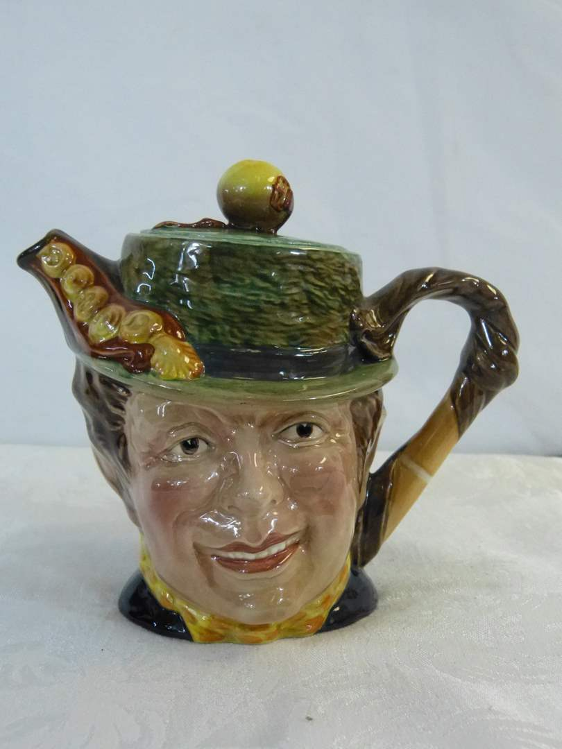 "Lot # 5 Great vintage English Teapot with lid 6"" tall very good condition (main image)"