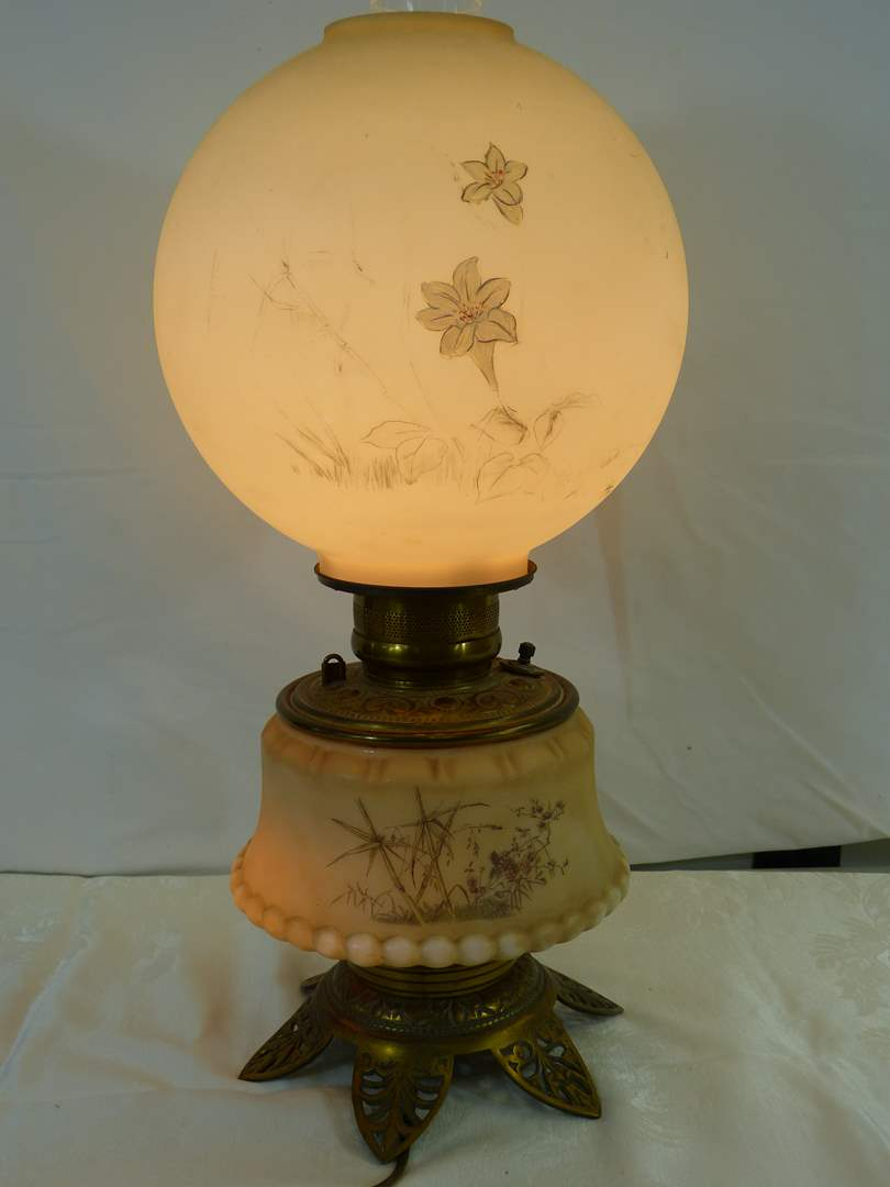 """Lot # 26 Vintage oil lamp (electrified) lamp 21"""" tall (working condition) (May need rewiring) (main image)"""