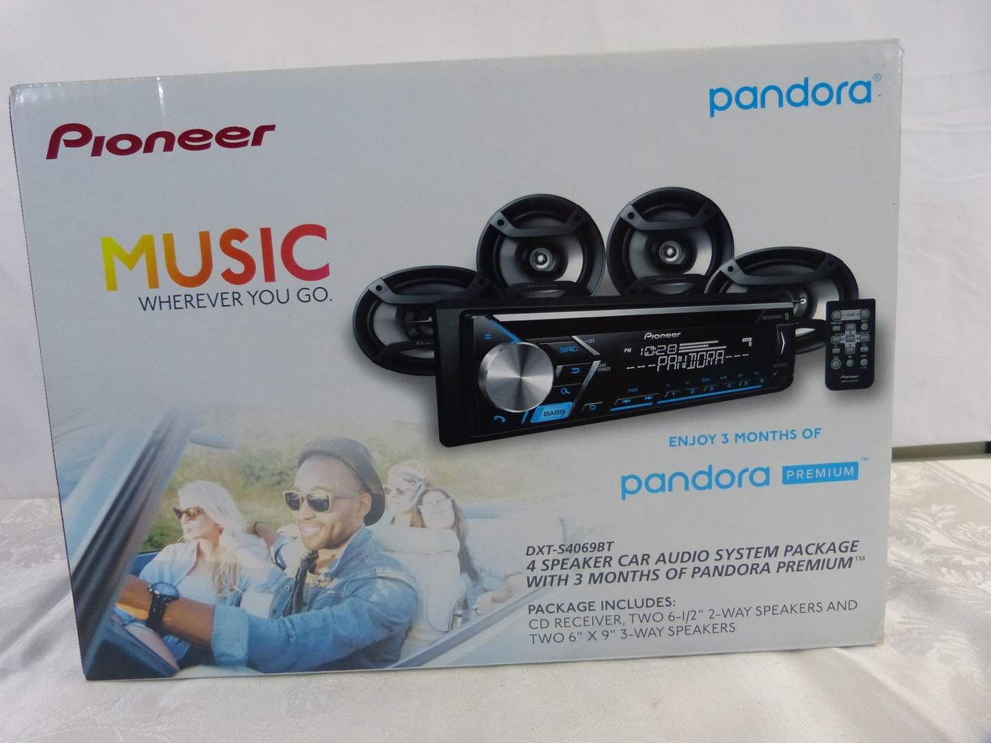 Lot # 177 NEW never installed Pioneer satelite Pandora car radio (main image)