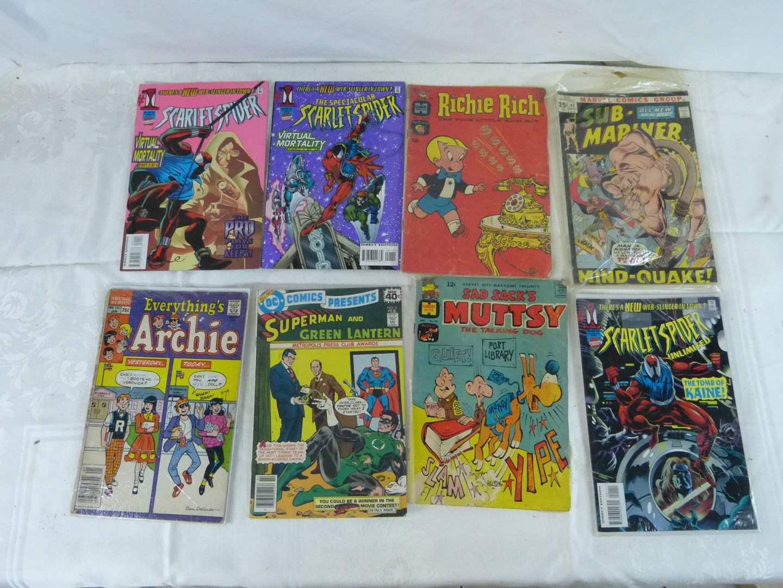 Lot # 264 Large lot of VINTAGE comic books (main image)